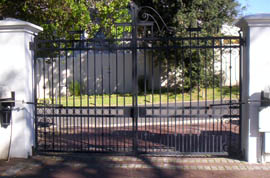swing gates - 9 - dc metalworks